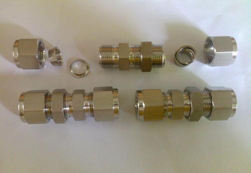 在安装液压过渡接头时应该注意什么?